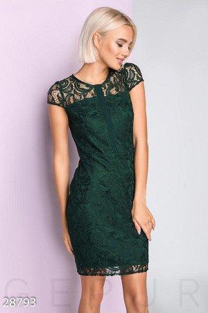 Красивое платье 52-54