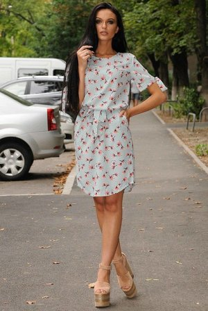 Лёгкое летнее платье на 46 размер