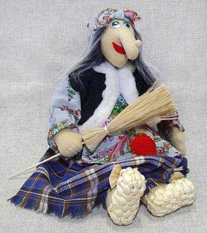 Кукла Баба-Яга в лаптях большая, МП
