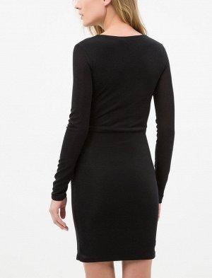 Платье %90 Polyamid, %5 Elastan, %5 Metal  По груди 46см + есть выточки для груди, по бедрам 44см -полуобхват, длина изделия -84см.