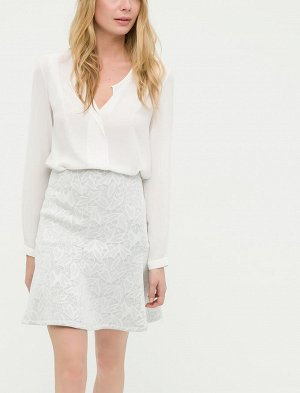Юбка %75 Polyester, %20 Viskoz, %5 Elastan Модель зимняя, ткань плотная, теплая. Длина 51см, полуобхват по поясу -42см. Ткань тянется.