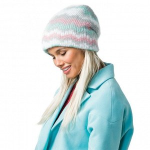 Теплая мохеровая шапка