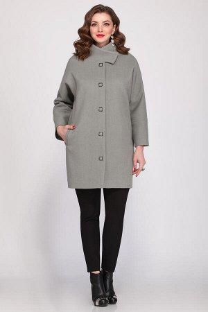 Пальто Пальто Matini 2.840 мята  Состав ткани: ПЭ-75%; Шерсть-25%;  Рост: 164 см.  Пальто женское свободного покроя с цельнокроеным рукавом. Рукав прямой, широкий, с подрезом по низу. Застежка центра