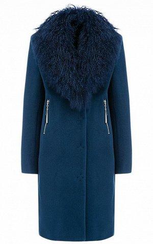 Пальто зимнее с воротником из Ламы