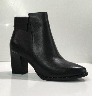 Ботинки на осень/весну черные
