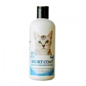 Специальный шампунь-кондиционер для короткошерстных кошек. Оздоровление шерсти с очищающим эффектом 0,3л