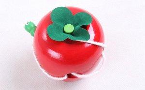Развивающая игрушка яблоко с гусеницей