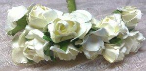Цветы бумажные. Розы. Молочный