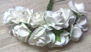 Цветы бумажные. Розы. Белый.
