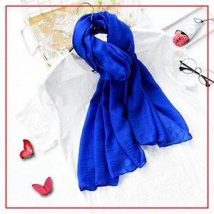 Шарф синий Модные аксессуары способны превратить любой образ в трендовый, а самый скучный наряд – в стильный и эффектный. Какие аксессуары наиболее востребованы, если речь идет о лете? Удивительно, но