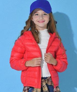 Ультралегкая детская куртка с капюшоном и контрастным подкладом, цвет красный