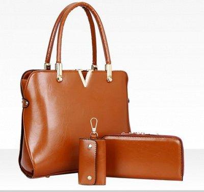 Одежда для всей семьи, нужности для дома — сумка — Сумки