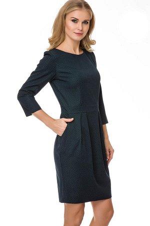 Платье Повседневное платье, выполненное из плотного поливискозного материала. Модель приталенного кроя с узким втачным поясом, рукавом три четверти, округлым вырезом горловины и юбкой силуэта тюльпан