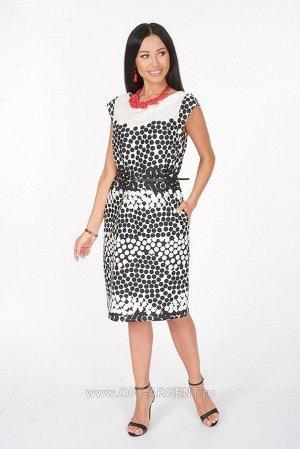 Платье красивое х/б , отличное качество , ремень в комплекте,  брала на распродаже, не подошло по размеру