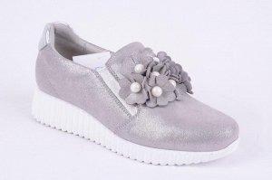 Кроссовки туфли