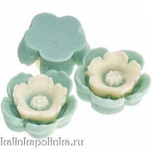 Цветочек из эпоксидной смолы, цвет мелисса с ванильным, р-р 13х4.5мм