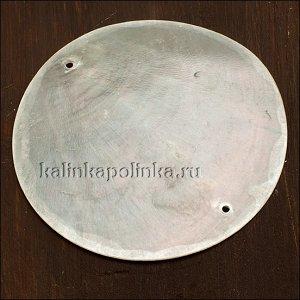 Коннектор перламутровый, цвет естественный белый, р-р 60мм, толщина 1.2мм, диаметр отв. 1.7мм.