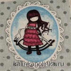 Купон на льне, девочка Gorjuss, девочка в красном платье с лошадкой, размер ткани около 12х11см