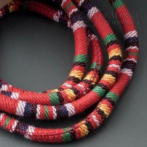 Шнур из ткани в индийском стиле, толщина 6мм, цвет микс на красном фоне.