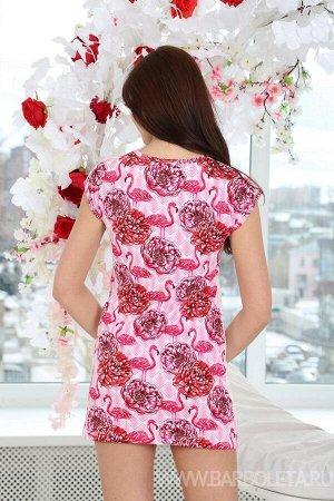 Платье Состав: 100 % хлопок Платье молодёжное из комбинированного трикотажного полотна. Полочка выполнена из однотонного трикотажного полотна с печатным рисунком, спинка из набивного. Вырез горловины