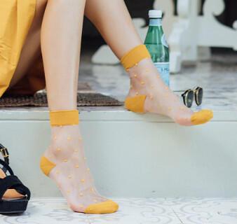 Чулочно-носочный отдел-огромный выбор — Модный тренд-люрекс, кружево