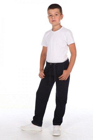 Брюки Цвет: черный; Состав: хлопок 72%, п.э. 20%, лайкра 8%; Материал: Футер двухнитка Трудно представить современного ребенка, у которого не было бы в гардеробе таких удобных брюк, выполненных из пло