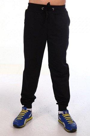 Брюки Цвет: черный; Состав: хлопок80%, п/э20%; Материал: Футер трехнитка Спортивные теплые брюки. Отделка пояса и манжет в тон основной ткани.