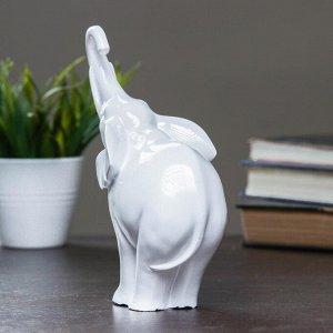 "Фигура ""Слон"" белый глянец 15х8х18см"