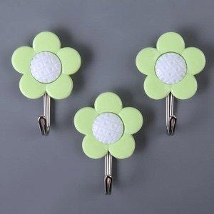 Набор крючков на липучке Доляна «Цветы», 3 шт, цвет МИКС