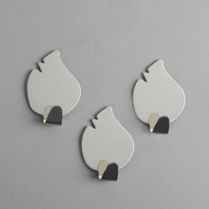 Набор крючков на липучке «Листики», 3 шт, металл