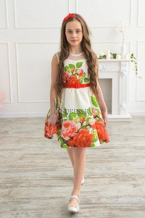 Платье Нарядное платье из плотного атласа с красивым рисунком. Верх платья сеточка. Застегивается сзади на молнию и на пуговку у горловины. По талии завязывается на поясок.Пышный многослойный подъюбни