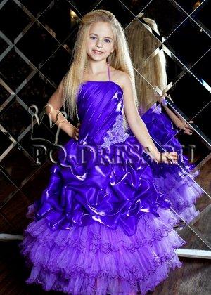 Платье Нарядное пышное платьена рост 116-128см. Длина платья от подмышки около 90см, ширина регулируется утяжкой на корсете.