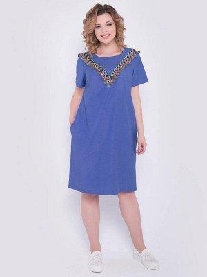 SALE Стильное платье А-образного силуэта из тонкой джинсовой ткани. По переду отделка из декоративной бахромы с кистями, бисером и бусинами - круглая горловина на внутренней обтачке - рукава втачные,