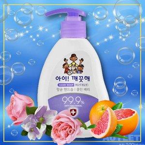 """LION Жидкое мыло для рук """"Ai - Kekute""""  Сочная ягода, с антибактериальным эффектом, флакон 250 мл"""