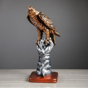 Сувенир Орёл на перчатке микс