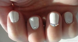 Набор страз для украшения ногтей  (Nail Art) 12 цветов