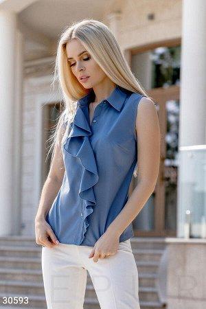 Стильная блуза с воланом