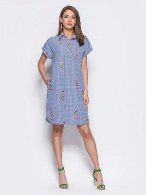 * 80% хлопок, 20% полиэстер Платье-рубашка в актуальную мелкую клетку с объёмной цветочной вышивкой. Классический воротник на пуговицах. Шлевки на рукавах не регулируются. Замеры изделия в 44 размере: