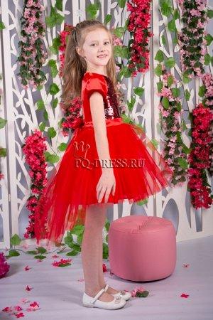 Платье Платье нарядное с ассиметричным низом юбки. Перед платья - реверсивные пайетки. По спинке молния. Сзади завязывается на поясок. Подклад - хлопок.Пышный подъюбник. *** На фото девочк
