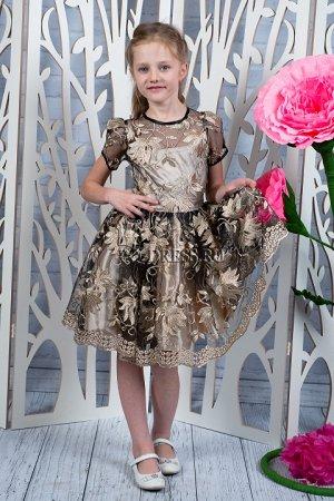 """Платье Нарядное платье с очень пышным многослойным подъюбником. Материал верха сетка с """"золотым"""" шитьем. Молния по спинке. Завязывается на пояс-бант. *** На фото девочка около 132см, платье размер 34"""