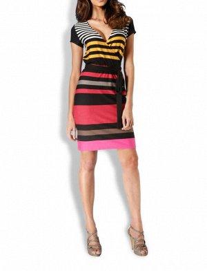Платье, черно-красно-пестрое