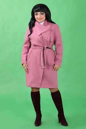 Розовый Примечание: замеры длин соответствуют размеру 52. Длина пальто: 100 см. Длина рукава: 59 см. Подкладка: есть. Застёжка: пуговицы. Декор: нет. Состав: полиэстер 51%, шерсть 49%.