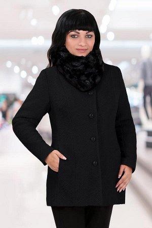 Черный Описание: Модное женское полупальто прямого покроя из шерстяного полотна,  в боковых швах функциональные карманы, на подкладке из тонкого синтепона, без воротника, с округлым вырезом горловины,