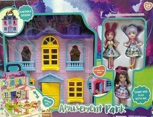 Домик с куклами