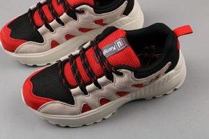 Красивые кроссовки ,качественные на 38 р