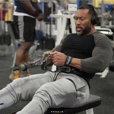 Arni men: спортивное питание, аксессуары. Быстрая раздача!   — Одежда для спорта — Спорт и отдых