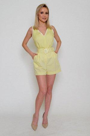 Шорты Ткань: тонкая плательно-костюмная, непрозрачная, со средним стрейчевым эффектом (тянется).  Состав: полиэстер 72%, вискоза 22%, спандекс 6% Цвет шорт: светлый лимон (средней насыщенности) с белё