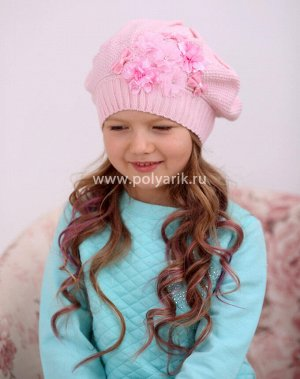 Продам детскую шапочку малинового цвета р.48-50