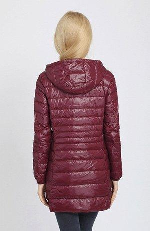 Женская удлиненная ультралегкая куртка  С КАПЮШОНОМ, цвет бургундия