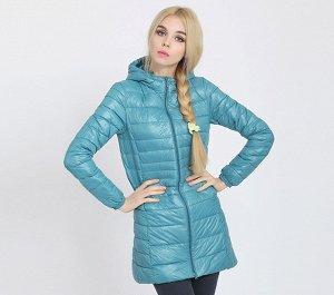 Женская удлиненная ультралегкая куртка  С КАПЮШОНОМ, цвет голубой